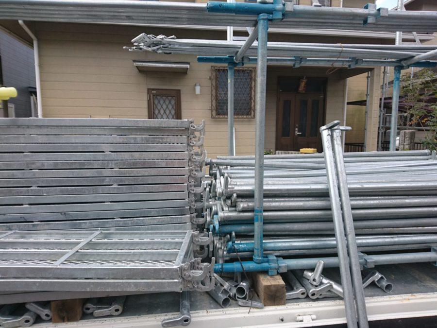 外壁塗装工事始まりました!足場設置。