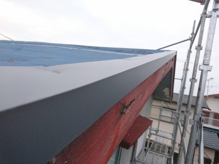 屋根をカバーで新しく丈夫に。