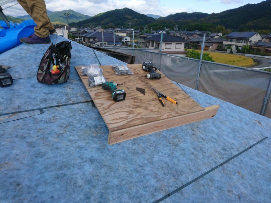 屋根の葺き替えTルーフ施工