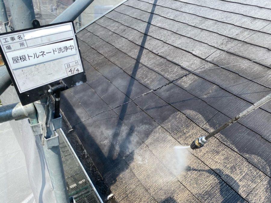 スレート屋根塗装・吸い込みに注意!!