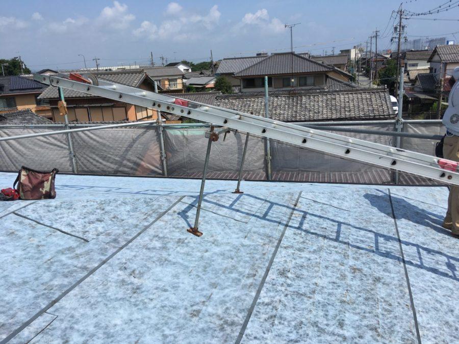 スレート屋根カバー工法はTルーフ
